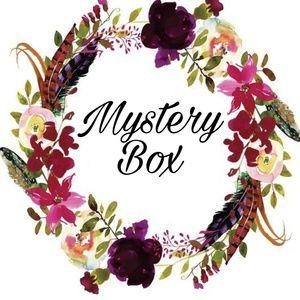 Preppy mystery box